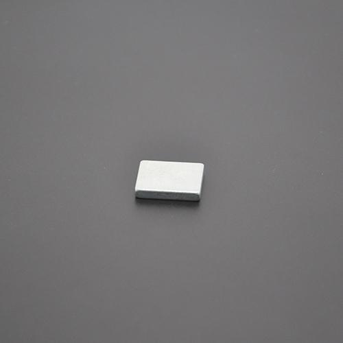 方形磁铁18×15×3