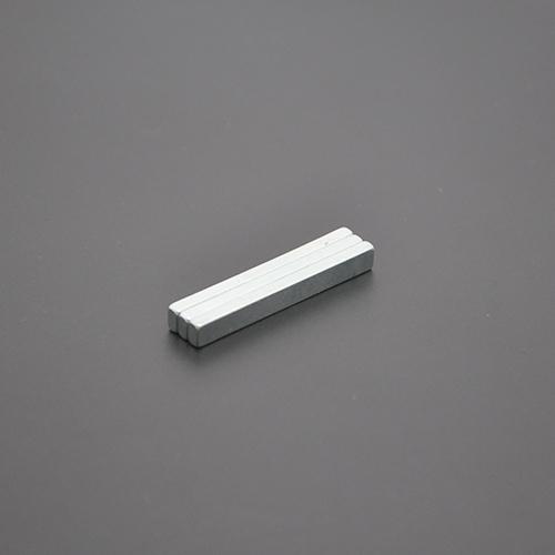 方形磁铁40×4.7×2.7