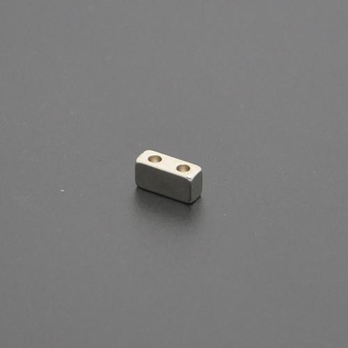 方形带孔磁铁8×3×4×2×1.6