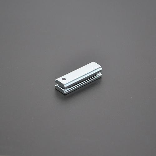 异形磁铁30×3.15×9.8×7.4