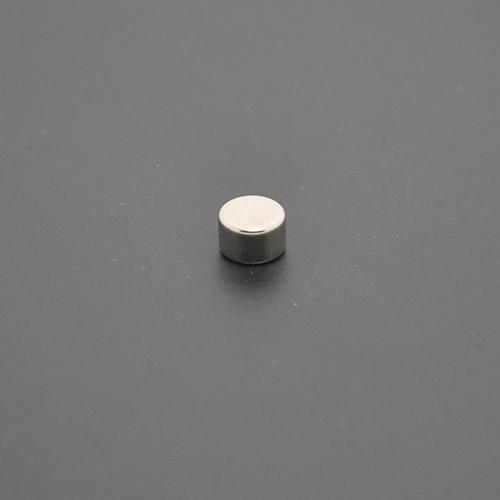 圆形磁铁8×5
